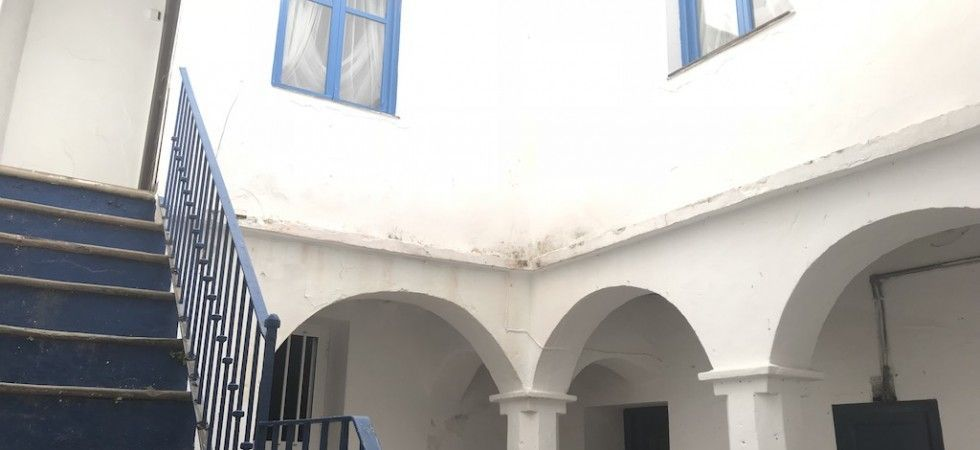 tarifarealestate-V-JJC-property-with-potential-old-town-arches-first-floor